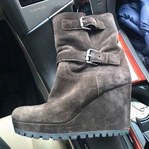Prada Brown Suede Wedge Boots It 36.5